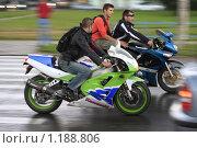 Купить «Байкер», эксклюзивное фото № 1188806, снято 25 июля 2009 г. (c) Дмитрий Неумоин / Фотобанк Лори