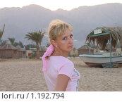 Купить «Девушка в закате солнца», фото № 1192794, снято 25 октября 2007 г. (c) Демишов Николай / Фотобанк Лори
