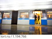 Купить «Станция метро», фото № 1194766, снято 16 декабря 2008 г. (c) Бабенко Денис Юрьевич / Фотобанк Лори
