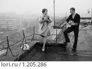 Купить «Маленький концерт на крыше», фото № 1205286, снято 28 октября 2009 г. (c) Сергей Цепек / Фотобанк Лори