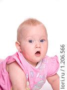 Малыш в розовом. Стоковое фото, фотограф Ольга Ковальчук / Фотобанк Лори