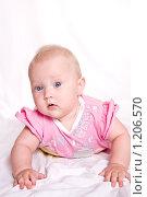 Малышка в розовом. Стоковое фото, фотограф Ольга Ковальчук / Фотобанк Лори