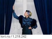 Купить «Девушка у окна», фото № 1218242, снято 18 июня 2006 г. (c) Лагутин Сергей / Фотобанк Лори