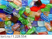 Цветные стеклянные камни. Стоковое фото, фотограф Елена Гришина / Фотобанк Лори