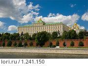 Купить «Москва. Кремль», фото № 1241150, снято 27 июля 2009 г. (c) Пантюшин Руслан / Фотобанк Лори