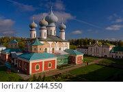 Тихвинский монастырь (2009 год). Стоковое фото, фотограф Михаил Тайманов / Фотобанк Лори