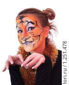 Купить «Девушка в образе тигра», фото № 1251478, снято 18 ноября 2009 г. (c) Юлия Машкова / Фотобанк Лори