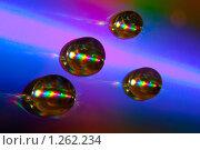 Капли воды на лазерном диске. Стоковое фото, фотограф Алексей Головин / Фотобанк Лори