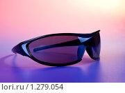 Стильные солнечные очки. Стоковое фото, фотограф Тимур Аникин / Фотобанк Лори