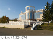 Купить «Смотровая площадка. г.Красноярск», фото № 1324674, снято 1 октября 2009 г. (c) Andrey M / Фотобанк Лори