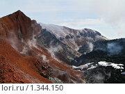 Купить «Кратер Авачинского вулкана, Камчатка», фото № 1344150, снято 12 августа 2006 г. (c) Кузнецов Андрей / Фотобанк Лори