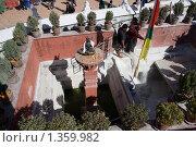Купить «Непал. Катманду. Ступа Боднатх.», фото № 1359982, снято 9 ноября 2009 г. (c) Михаил Ворожцов / Фотобанк Лори