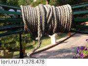 Купить «Веревка для колодца», фото № 1378478, снято 26 августа 2009 г. (c) Владимир Журавлев / Фотобанк Лори