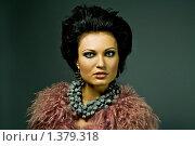 Портрет девушки в розовой шубе. Стоковое фото, фотограф Куршубадзе Нелли / Фотобанк Лори