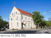 Купить «Здание бывшего банка Северных стран. Приозерск», эксклюзивное фото № 1383762, снято 12 сентября 2009 г. (c) Александр Щепин / Фотобанк Лори