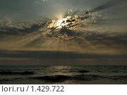 Купить «Закат над Чёрным морем», фото № 1429722, снято 26 июля 2008 г. (c) Николай Богоявленский / Фотобанк Лори