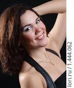 Купить «Студийный портрет девушки», фото № 1444062, снято 12 декабря 2009 г. (c) Александр Кузовлев / Фотобанк Лори