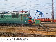 Купить «Электровоз ВЛ-80. Фрагмент», эксклюзивное фото № 1460962, снято 15 апреля 2009 г. (c) Алёшина Оксана / Фотобанк Лори