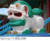 Статуя белого льва в Иволгинском Дацане. Бурятия. Стоковое фото, фотограф Анна Зеленская / Фотобанк Лори
