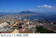 Купить «Вид на Неаполь и гору Везувий», фото № 1468398, снято 3 октября 2009 г. (c) Раппопорт Михаил / Фотобанк Лори