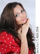 Купить «Портрет молодой девушки», фото № 1469094, снято 20 ноября 2009 г. (c) Efanov Aleksey / Фотобанк Лори