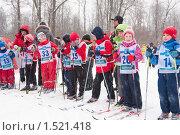 Дети-лыжники на старте (2010 год). Редакционное фото, фотограф Ольга Полякова / Фотобанк Лори