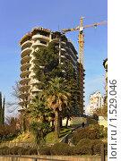 Купить «Строительство нового здания в Сочи», фото № 1529046, снято 28 февраля 2010 г. (c) Константин Бредников / Фотобанк Лори