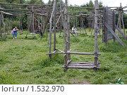 Купить «Никола-Ленивец. Качели», фото № 1532970, снято 9 августа 2009 г. (c) Юрий Синицын / Фотобанк Лори