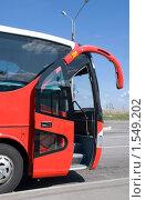 Купить «Междугородний автобус», эксклюзивное фото № 1549202, снято 10 мая 2009 г. (c) Александр Щепин / Фотобанк Лори