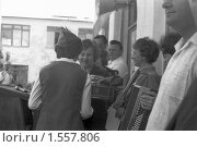 """Купить «Школьная линейка, с. """"Золотое Поле"""", Крым, 1983 г», фото № 1557806, снято 3 апреля 2020 г. (c) Александр  Буторин / Фотобанк Лори"""