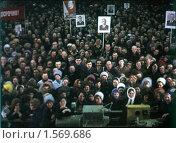 Купить «Митинг на заводе, город Балашиха, 1970-е годы», эксклюзивное фото № 1569686, снято 18 февраля 2019 г. (c) Дмитрий Неумоин / Фотобанк Лори