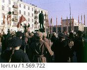 Съёмка кинофильма про Революцию в городе Балашихе, 1960-е годы. Редакционное фото, фотограф Дмитрий Неумоин / Фотобанк Лори