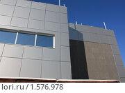 Купить «Фрагмент отделки фасада современного здания. Торговый центр. Хабаровск.», фото № 1576978, снято 26 ноября 2009 г. (c) Денис Кравченко / Фотобанк Лори