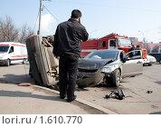 Купить «Автомобильная авария», фото № 1610770, снято 6 апреля 2010 г. (c) Алексей Калашников / Фотобанк Лори