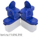 Купить «Солонки из полупрозрачного пластика», фото № 1616310, снято 27 марта 2010 г. (c) Руслан Кудрин / Фотобанк Лори