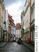 Узкие улицы Таллина (2009 год). Редакционное фото, фотограф Маргарита Герм / Фотобанк Лори