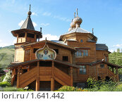 Купить «Храм Покрова Божией Матери в Усть-Коксе», фото № 1641442, снято 31 июля 2009 г. (c) Alexey D. / Фотобанк Лори