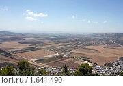 Купить «Израэльская долина. Вид с горы Тавор», фото № 1641490, снято 22 августа 2009 г. (c) Кузнецов Дмитрий / Фотобанк Лори