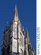 Купить «Франция Байонна Костел», фото № 1652070, снято 20 июня 2008 г. (c) Савельев Андрей / Фотобанк Лори