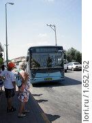 Купить «Автобусная остановка. Афула. Израиль», фото № 1652762, снято 23 августа 2009 г. (c) Кузнецов Дмитрий / Фотобанк Лори