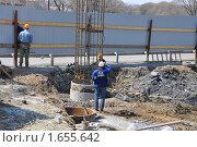Строительство дороги. Редакционное фото, фотограф Александр Романов / Фотобанк Лори