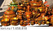 Купить «Посуда с хохломской росписью», фото № 1658818, снято 3 апреля 2010 г. (c) ИВА Афонская / Фотобанк Лори