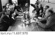 Старое фото - диспут на научной конференции. Редакционное фото, фотограф Ольга К. / Фотобанк Лори
