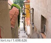 Купить «Польша, Варшава. Переулок», фото № 1698626, снято 6 августа 2007 г. (c) Сергей Кандауров / Фотобанк Лори
