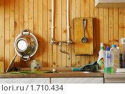 Купить «Кухня в загородном доме, фрагмент», эксклюзивное фото № 1710434, снято 15 мая 2010 г. (c) Наталия Шевченко / Фотобанк Лори