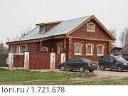 Бревенчатый дом (2010 год). Редакционное фото, фотограф Константин Мартынов / Фотобанк Лори