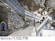 Купить «Свято-Успенский мужской монастырь», фото № 1723778, снято 2 мая 2010 г. (c) Parmenov Pavel / Фотобанк Лори