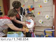 Купить «Выпускной в детском саду. г.Балашиха.», эксклюзивное фото № 1748654, снято 21 мая 2010 г. (c) Дмитрий Неумоин / Фотобанк Лори