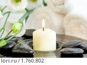 Купить «Свеча и камешки», фото № 1760802, снято 10 июня 2008 г. (c) Наталия Кленова / Фотобанк Лори