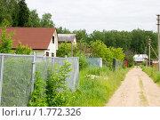 Купить «Дачный поселок», эксклюзивное фото № 1772326, снято 14 июня 2010 г. (c) Ирина Кожемякина / Фотобанк Лори
